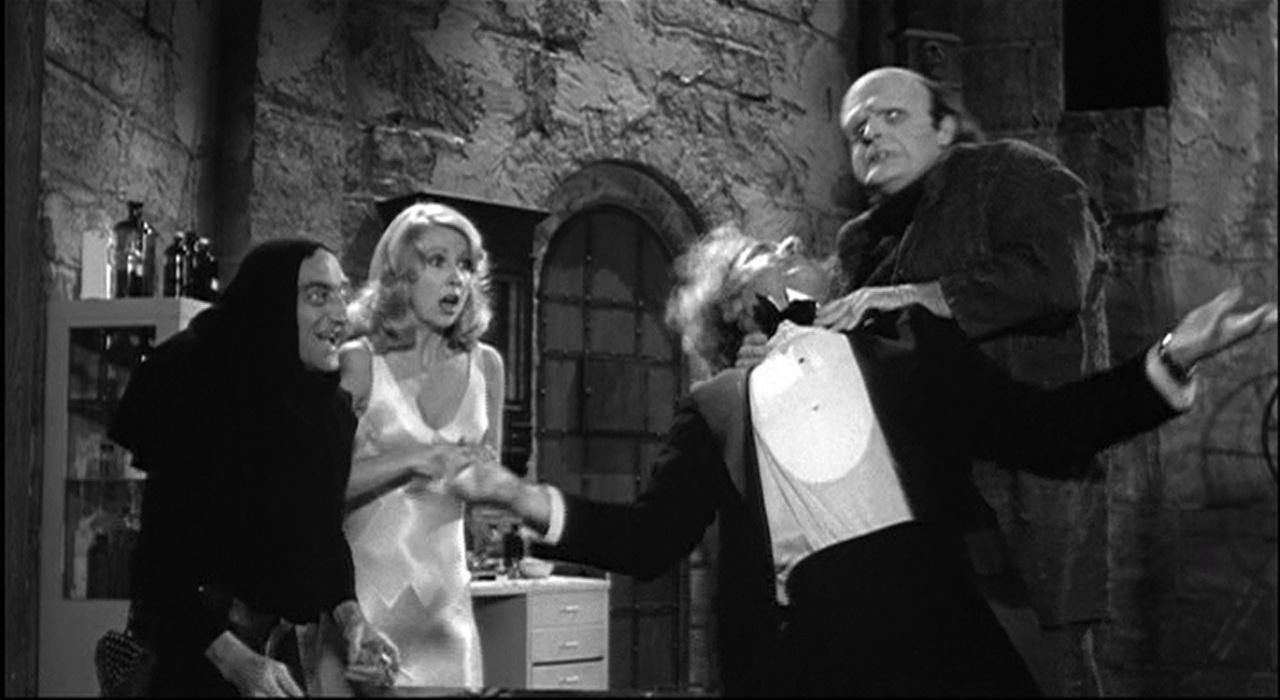 ca63fe221c8f1 Cosas Divertidas de la Película El Jovencito Frankenstein - Flipada.com