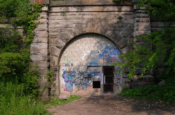 túnel del fantasma azul