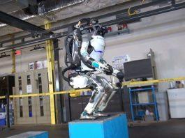 robot que hace parkour