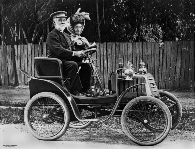 quien invento el primer coche