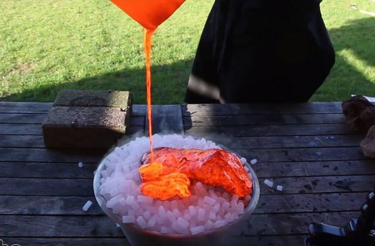 lava volcánica en hielo seco