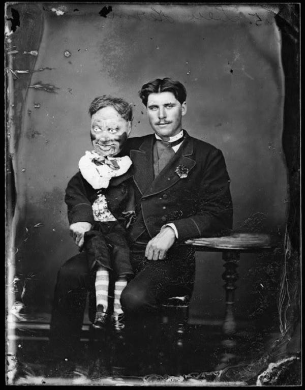 muñeco ventrilocuo pelicula terror