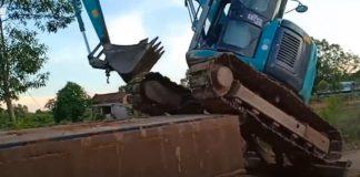 Subir la Excavadora al Camión