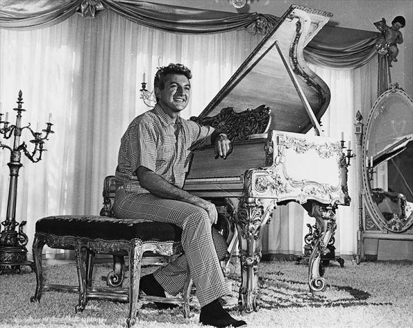 Liberace-pianista