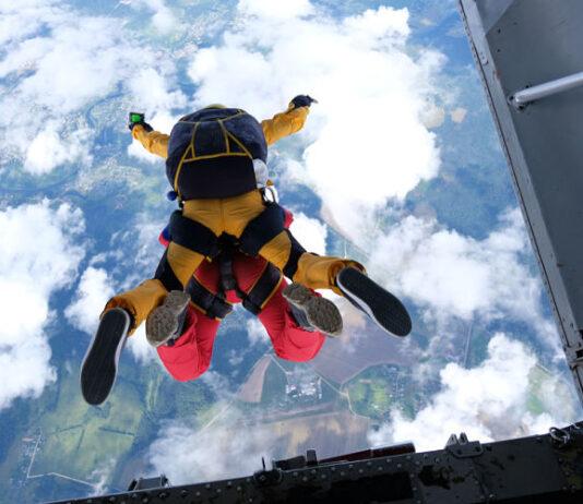 como actuar si el paracaídas no se abre en el aire